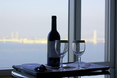 横浜グランドインターコンチネンタルホテルオリジナルワインの写真