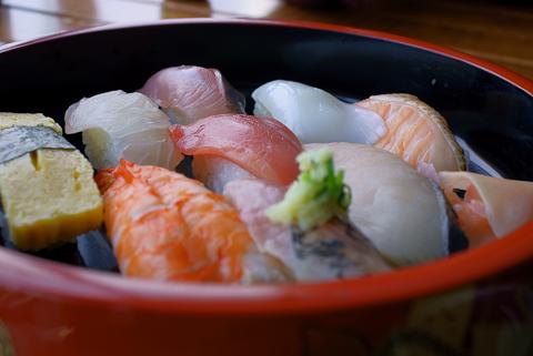 浜寿司840円